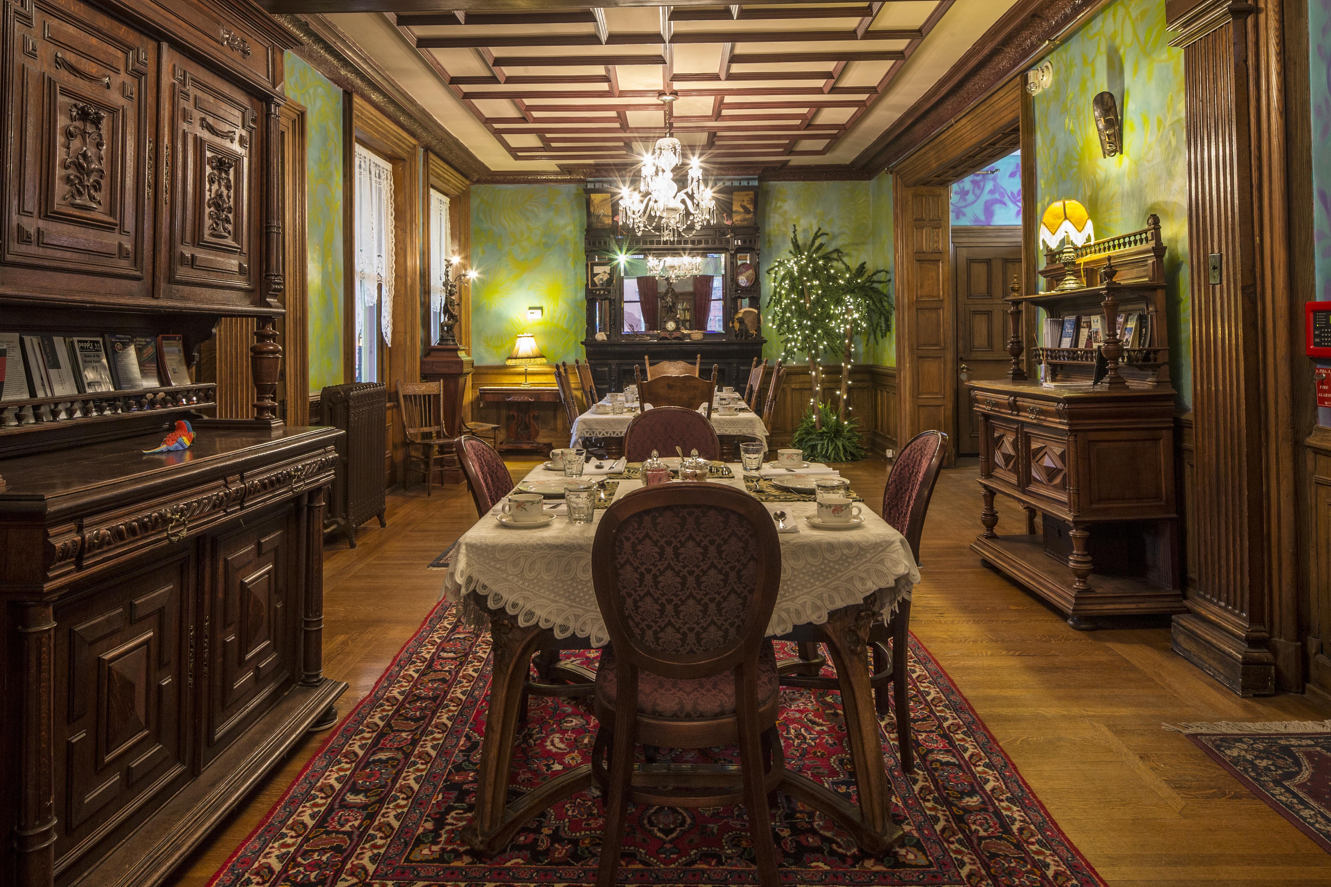 diningroom after