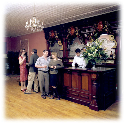 Parador Bed and Breakfast of Pittsburgh Ballroom - Holidays